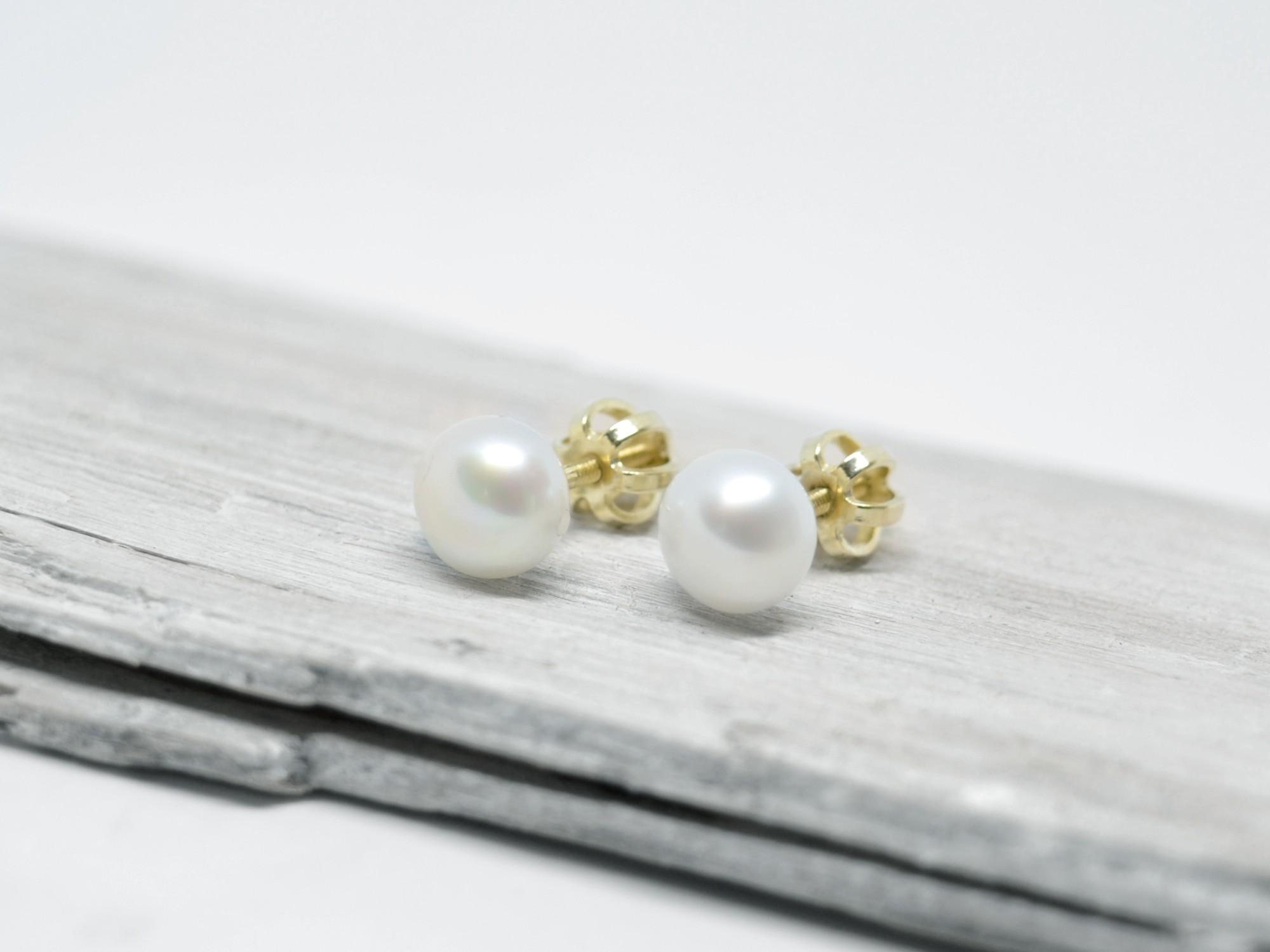 585 zlaté náušnice s perlou