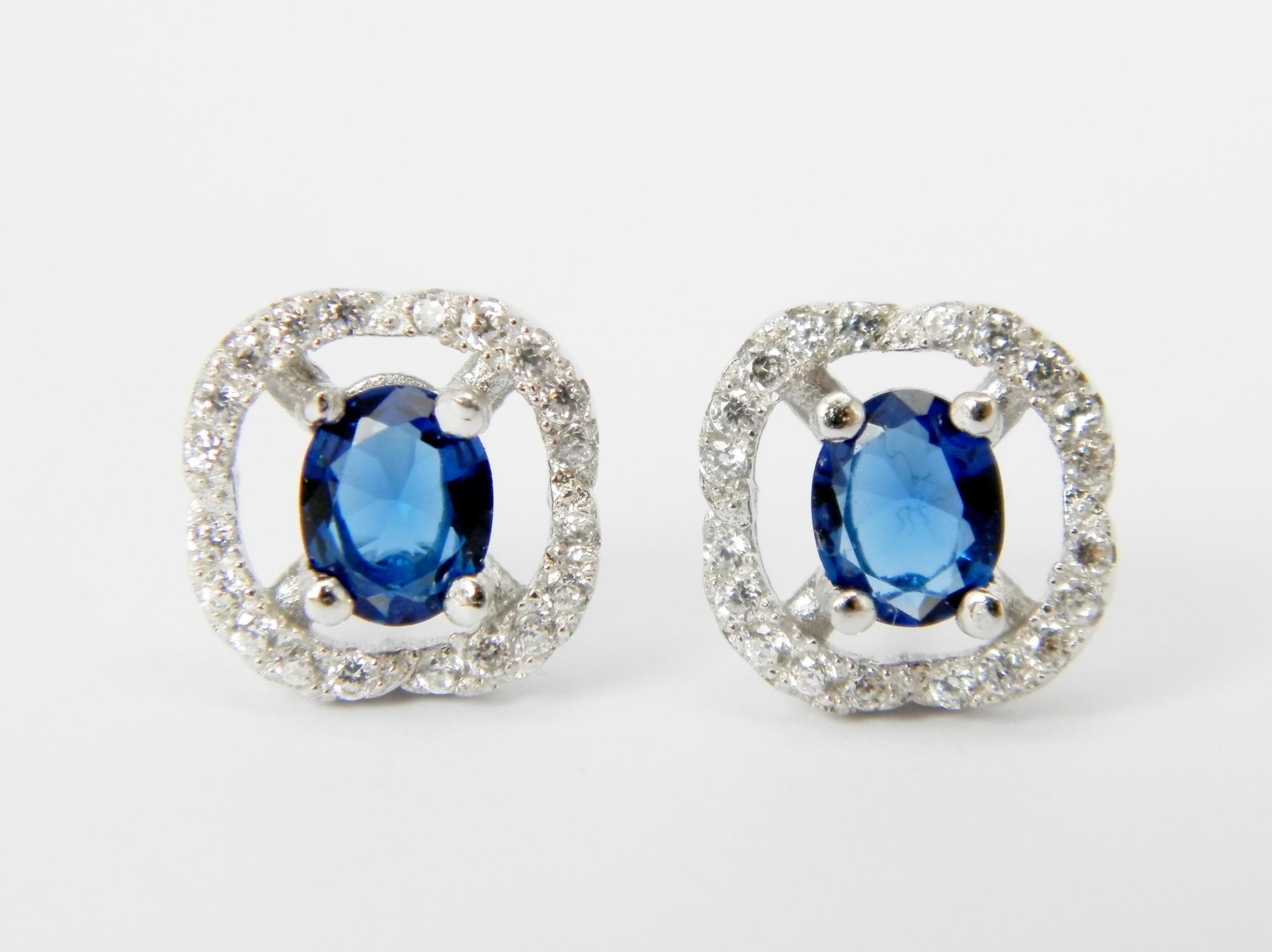 stříbrné náušnice se zirkony v barvě safíru Modrá princezna