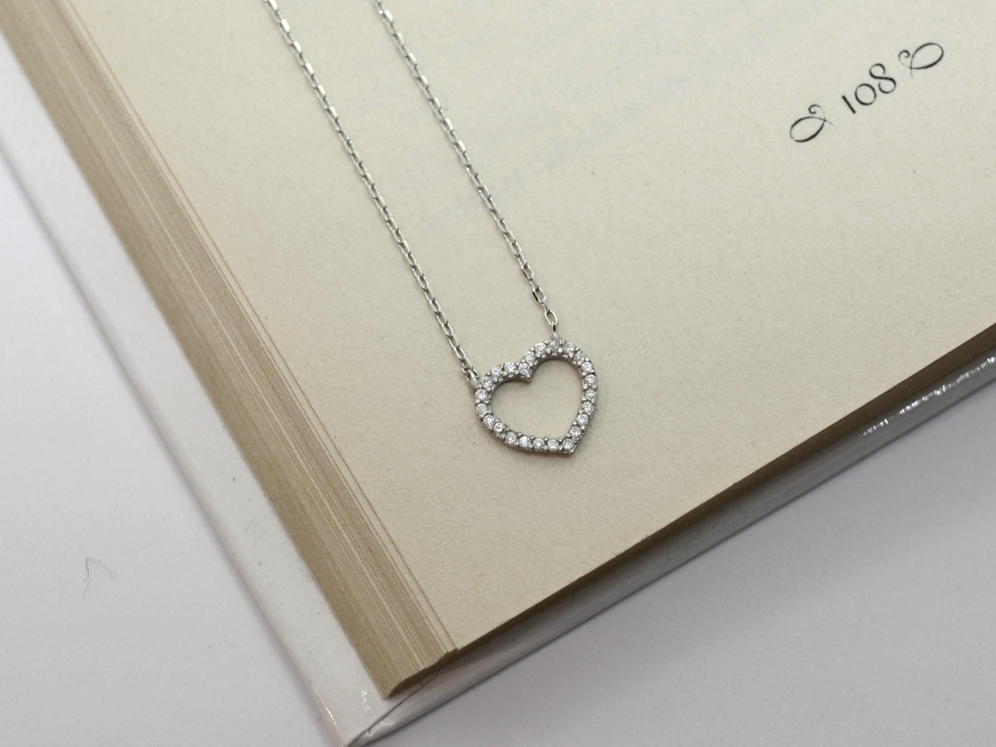 stříbrný náhrdelník se zirkony Srdíčko