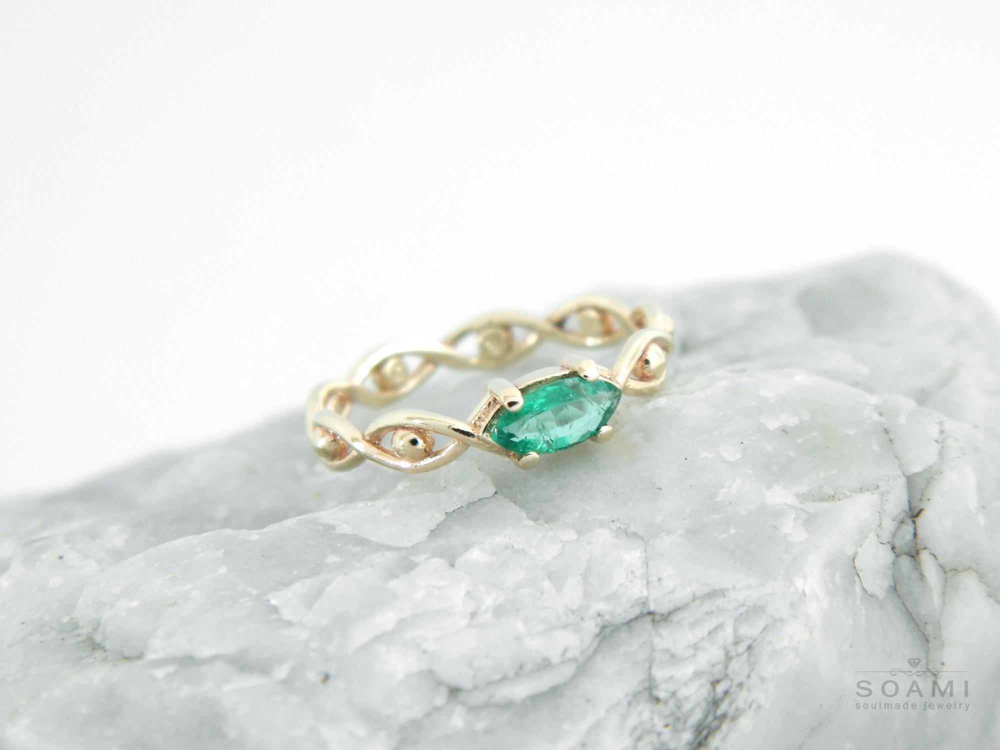 zlatý prsten s přírodním smaragdem Oko, žluté zlato 585