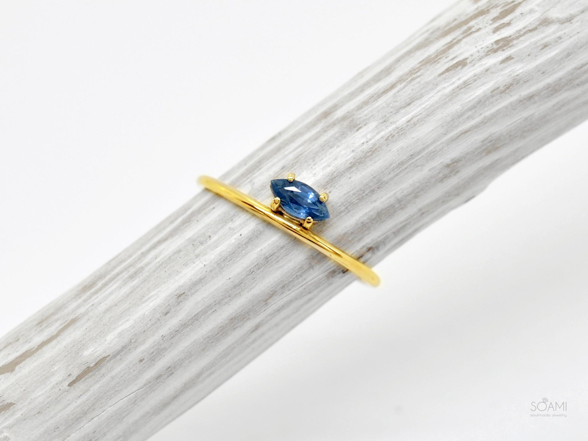 585 zlatý prsten se safírem